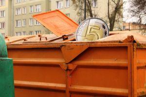 Od kwietnia zapłacimy mniej za wywóz śmieci