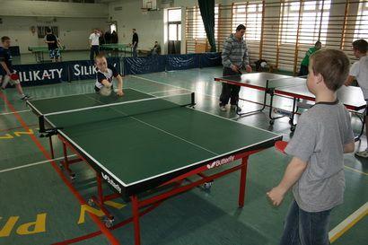 W świetlicach rządzi Ping-Pong