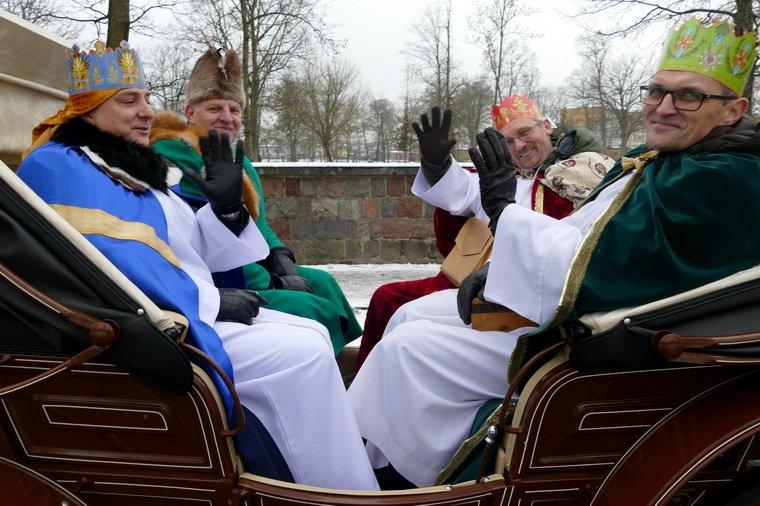 Orszak Trzech Króli przeszedł ulicami Pisza