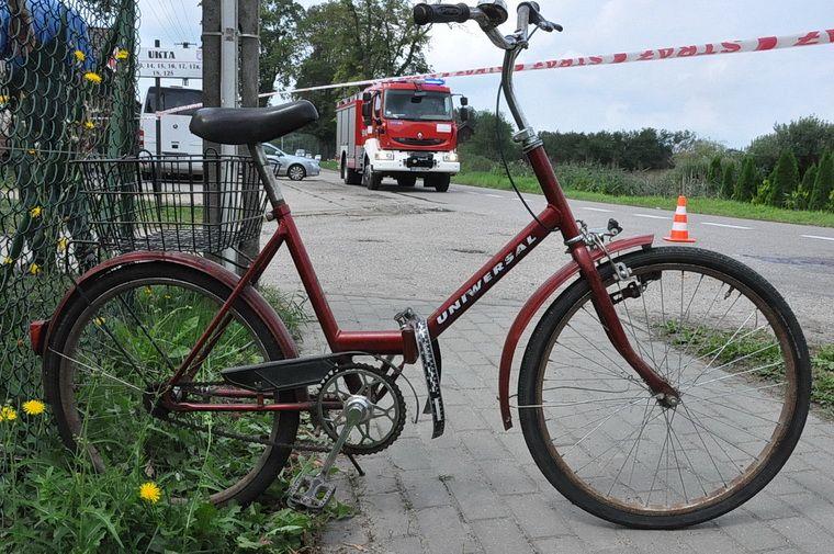 Wypadek z udziałem rowerzystki w Ukcie